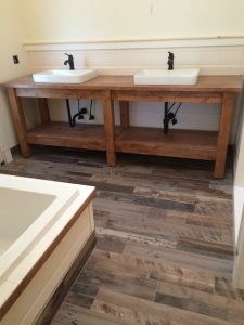 Waterfront Farmhouse - Bathroom